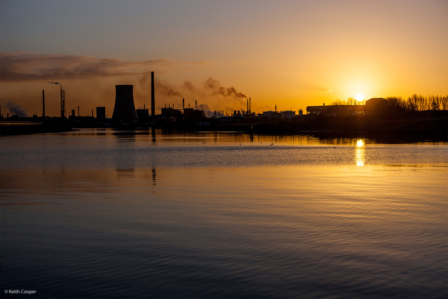 Ellesmere port refinery, silhouette at dawn