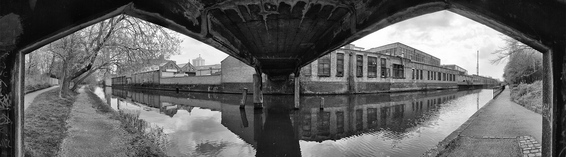 Industrial landscape - canal in Leicester